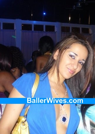 saleh-kazemi-partying-at-club1