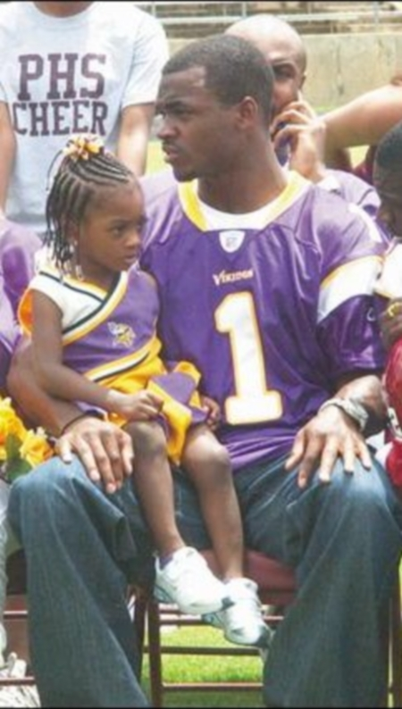 adrian-peterson-and-daughter-adeja1