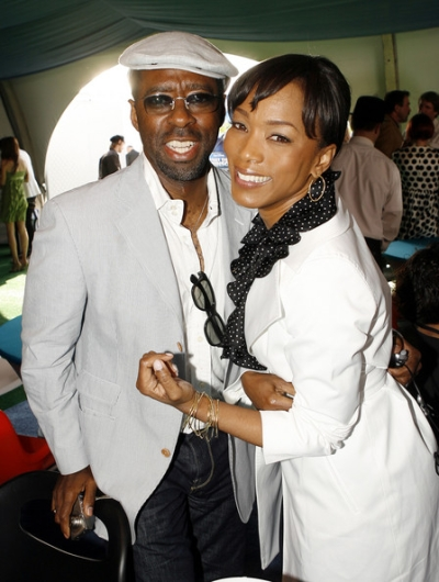 angela-bassett-and-courtney-vance-married11