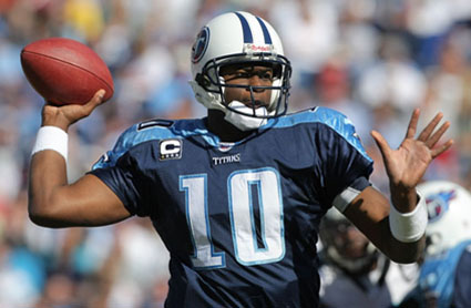 VINCE YOUNG's Girlfriend Candice Johnson - Pictures Photos ...