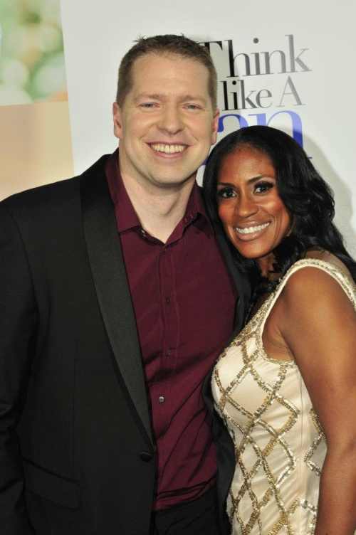 comedian gary owen wife the baller life. Black Bedroom Furniture Sets. Home Design Ideas