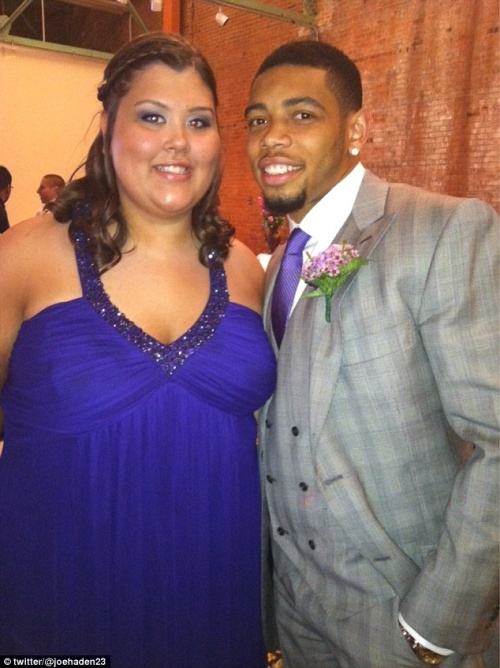 joe-haden-attends-prom-with-fan