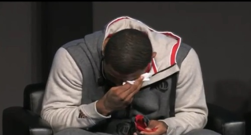 derrick-rose-breaks-down-in-tears-adidas