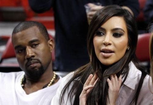 kim-kardashian-kanye-west-pregnant