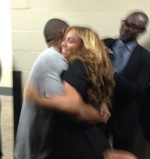 beyonce-jay-z-backstage-superbowl-performance