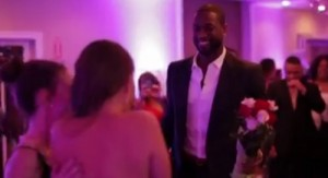 dwyane-wade-suprises-girl-at-senior-prom