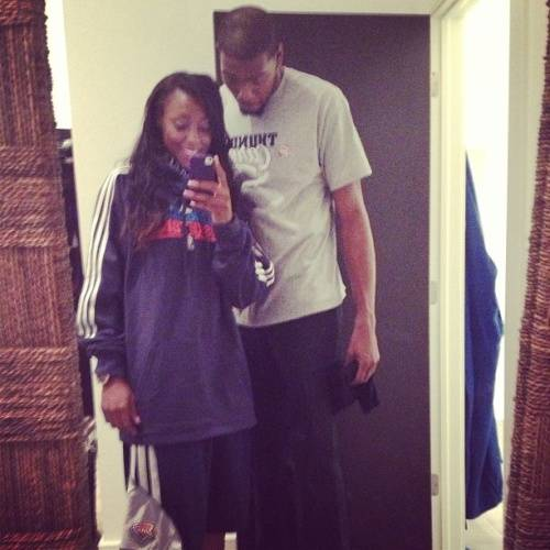 kevin-durant-girlfriend-fiance-monica-wright-1