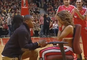 chicago-bulls-cheerleader-surprise-marriage-proposal