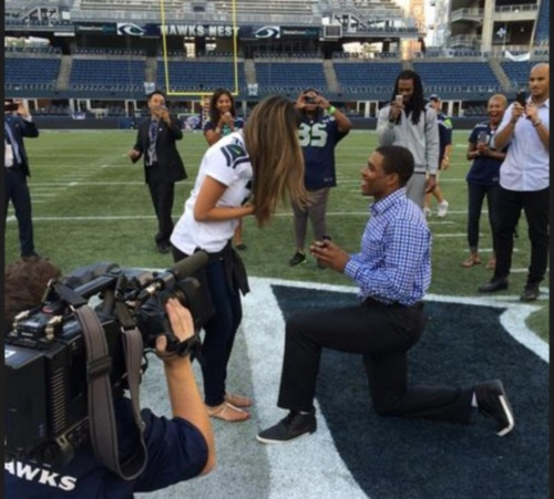 DeShawn-Shead-proposes-to-girlfriend-jessica-martinez-pics-photos