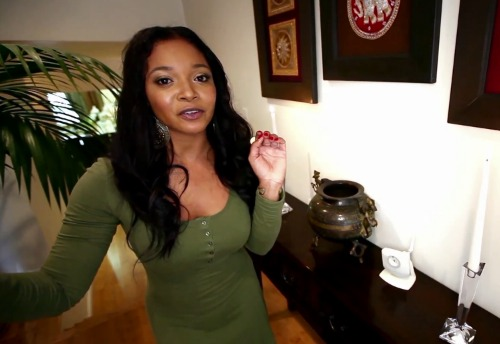 tamela-jones-inside-look-home-video