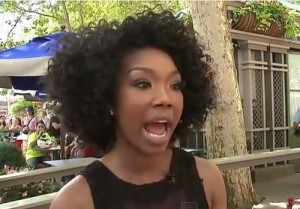 brandy-performing-broadway-video