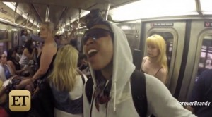 brandy-sings-on-subway-video