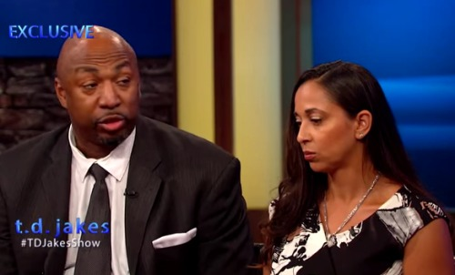 Ex-NBA Star Vin Baker & Wife Shawnee Open Up About How He Lost $100 Million Dollars And Ended Up Working At Starbucks. (Video)